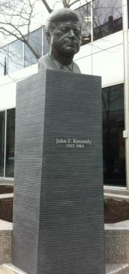 Statue of JFK on rue Kennedy in Montreal