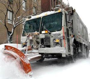 Garbage_truck_Plow