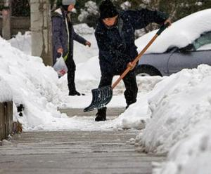 Don't shovel the sidewalk! Photo: Tom Hanson/CP