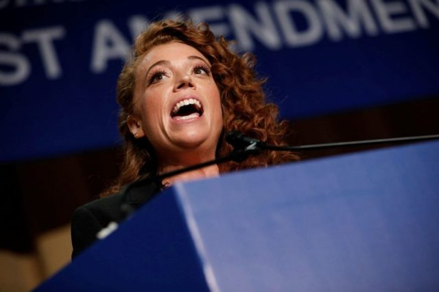 michelle-wolf-2018-white-house-correspondents-dinner-800x533