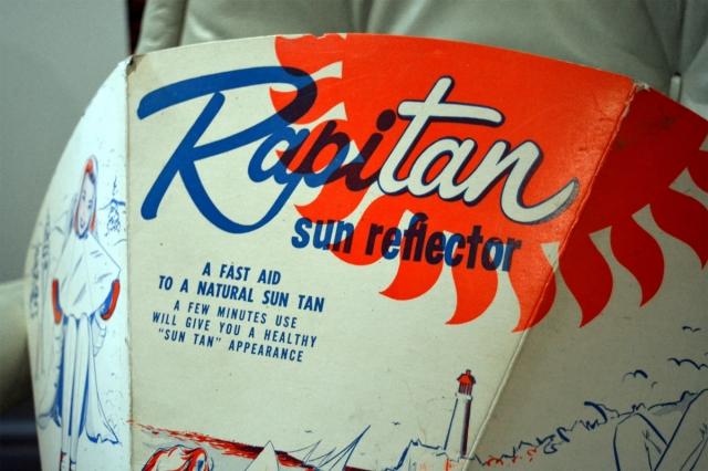 hires-rapitan-sun-reflector-montreal-vintage1